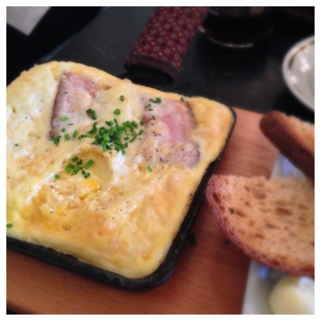 Baked eggs with Pork Belly