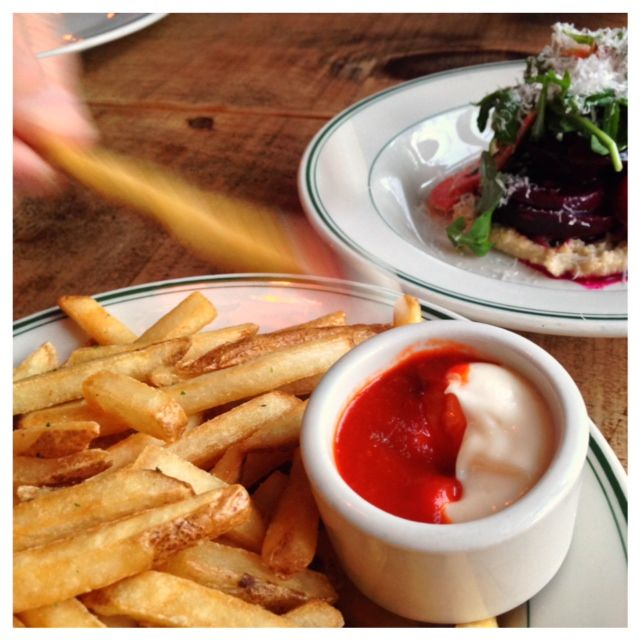 Fries with a Sirachia mayonaise dipping sauce.