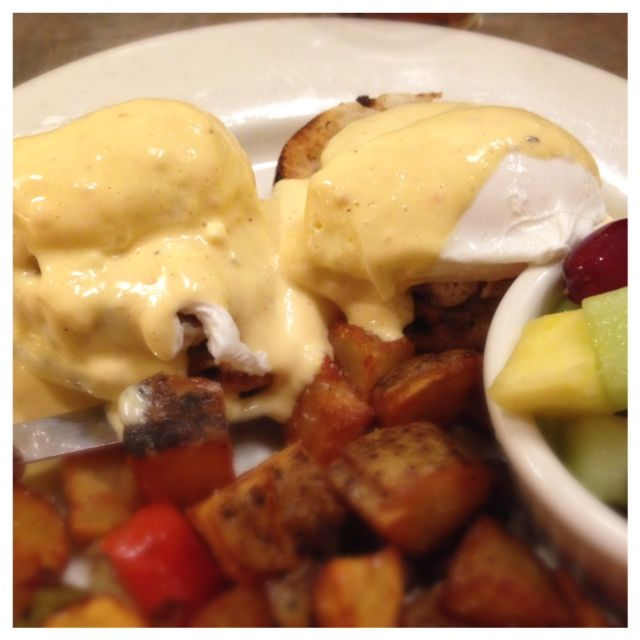 Eggs Benedict from Milo City Cafe