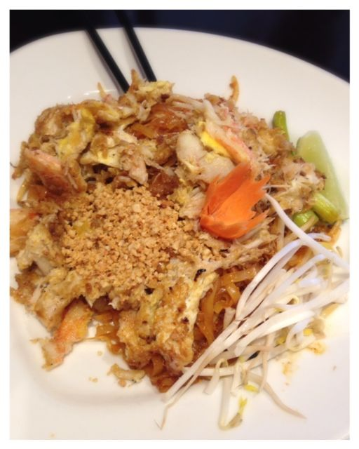 Crab Pad Thai that was loaded with crab